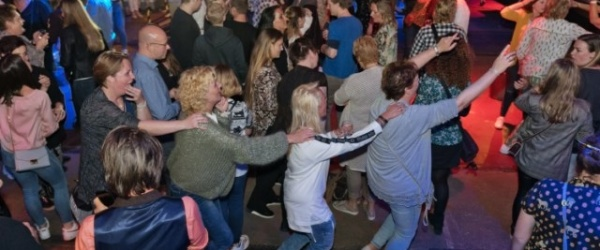 In polonaise naar huis Bake Out'19